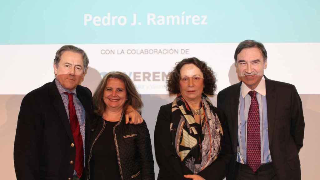 Hermann Tertsch, Elvira Roca, Ana Palacio y Pedro J. Ramírez en el debate sobre la imagen de España en el exterior.