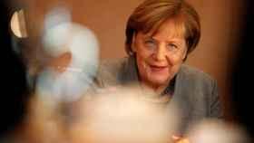Primer encuentro entre Merkel y Schulz para intentar formar gobierno
