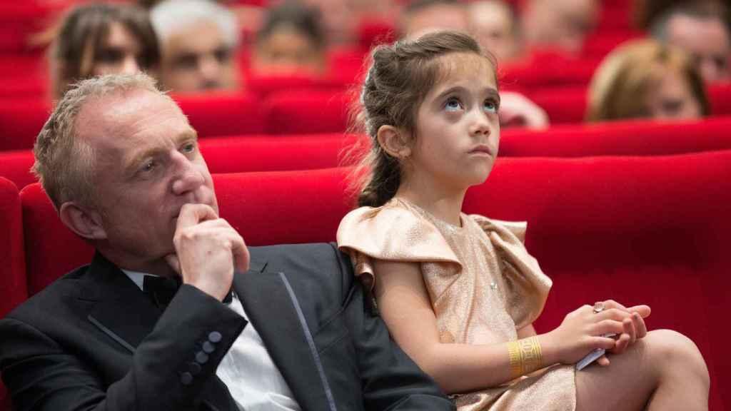 François-Henri Pinault junto a la hija que el matrimonio tiene en común, Valentina Paloma.