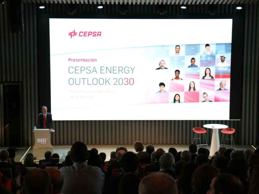Pedro Miró, vicepresidente y consejero delegado de Cepsa, durante la presentación del informe.