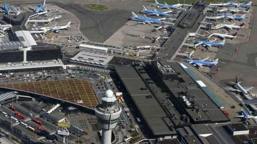 Una imagen del aeropuerto de Ámsterdam.