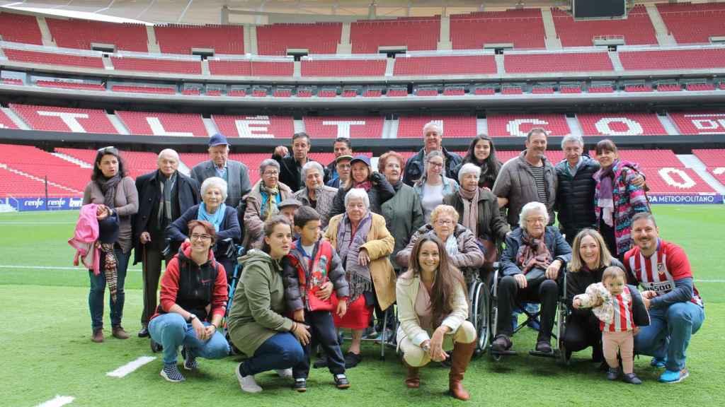 Los participantes del taller visitan el Wanda Metropolitano