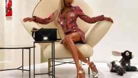Anella An posa como una auténtica Barbie