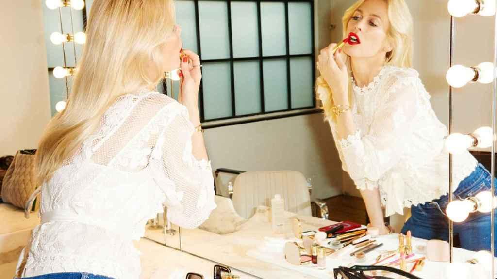 Claudia Schiffer, con su línea de maquillaje.