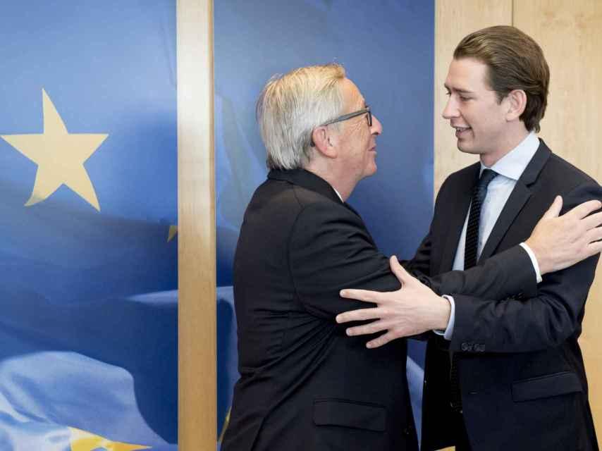Juncker, durante una comparecencia con el nuevo primer ministro Sebastian Kurz
