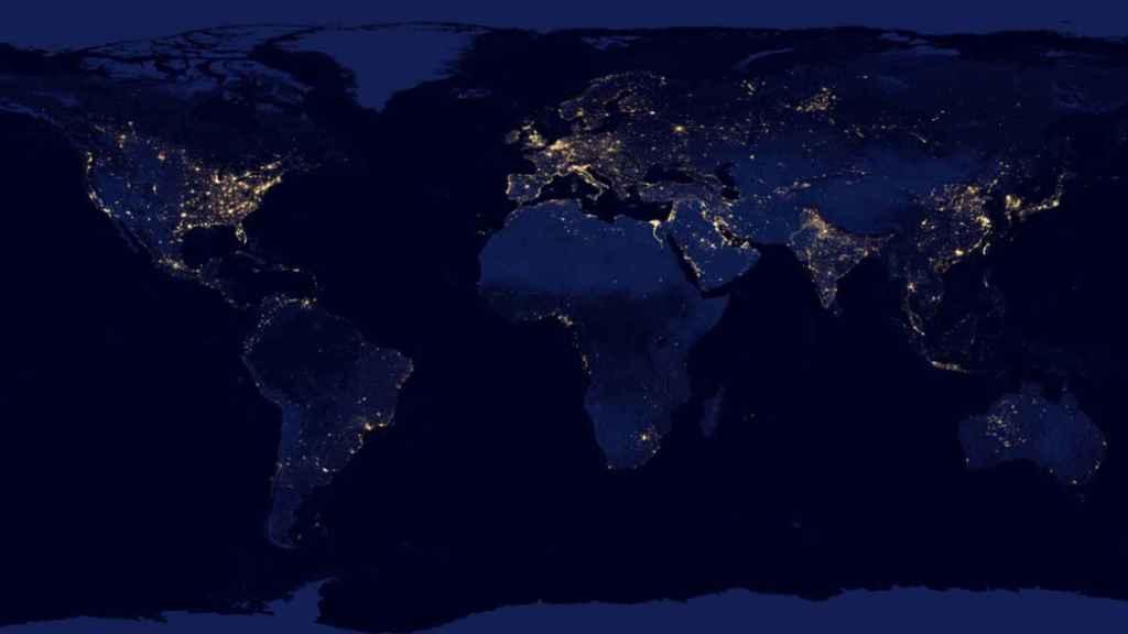 El mapa de la contaminación luminosa en la Tierra.