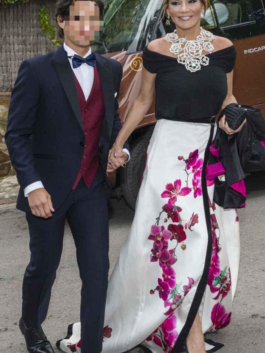 Ivonne y su hijo, Alejandro.