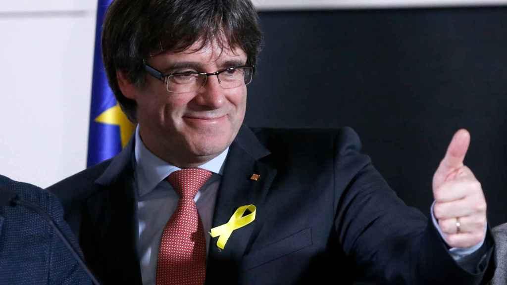 Carles Puigdemont celebra los resultados de Junts x Cat desde Bruselas.