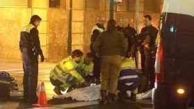 La Ertzaintza tras el incidente que causó la muerte del futbolista.