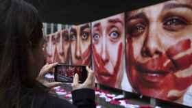 Manifestación en contra de las violaciones a mujeres. EFE.