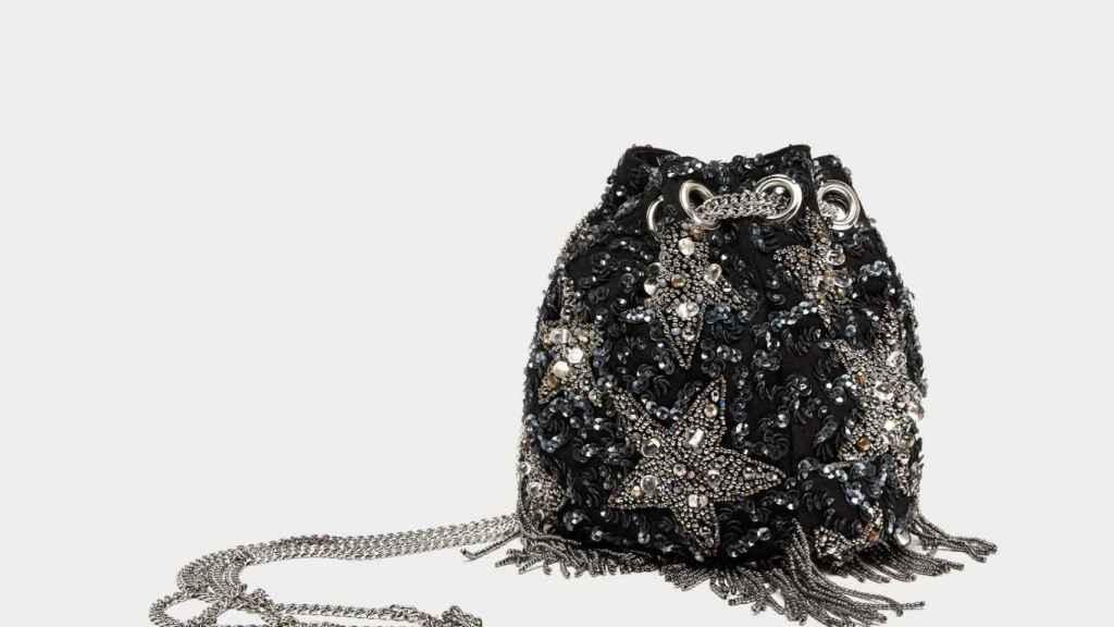 Bombonera de lentejuelas de Zara.