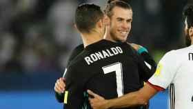 Cristiano felicita a Bale