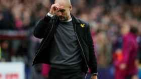 Guardiola lamenta una ocasión fallada por su equipo durante el encuentro.