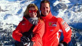 Michael Schumacher y su mujer en una imagen de 2013 en la estación de esquí de Maddona de Campiglio.
