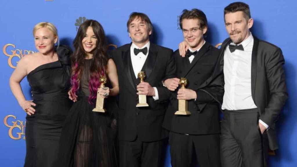 El equipo de Boyhood con su Globo de Oro hace tres años.