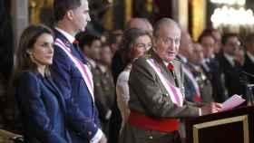 Pascua militar de 2014, la última en la que intervino Juan Carlos I; a su lado, Felipe, Sofía y Letizia.