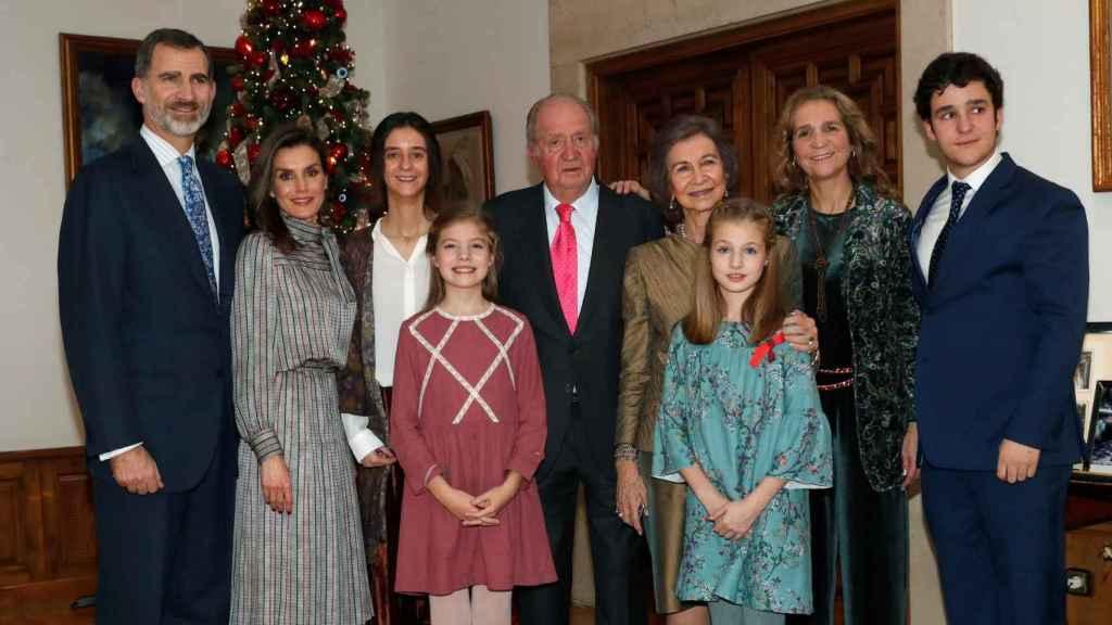 La imagen familiar en la comida del rey Juan Carlos.