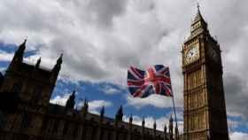 160 intentos al día de acceder a webs porno en el Parlamento británico