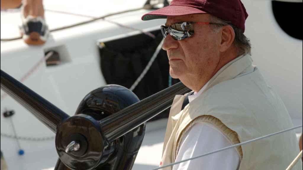 Juan Carlos en un barco.