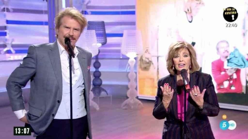 El humorista y la malagueña en el escenario de 'AR'.