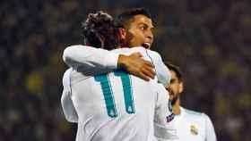 Cristiano celebra su segundo gol ante el Dortmund con Bale