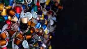 Cápsulas de Nespresso en un punto de reciclaje.