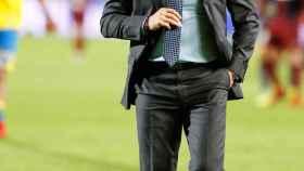 Paco Jémez, en un partido con Las Palmas.