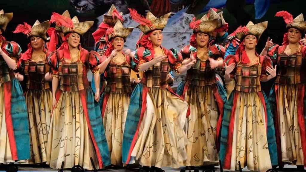 Las niñas de Alcalá en el Teatro Falla de Cádiz.