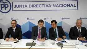 El presidente del Gobierno, Mariano Rajoy, este lunes en Génova.
