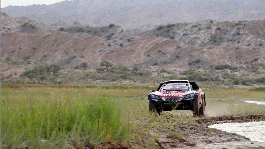 Carlos Sainz  durante la 12ª etapa del Dakar.