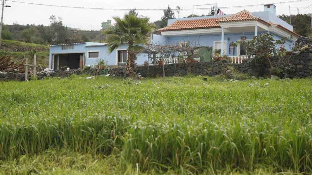 Exterior de la vivienda ubicada en el municipio tinerfeño de Los Realejos donde fue hallada Jennifer Hernández.