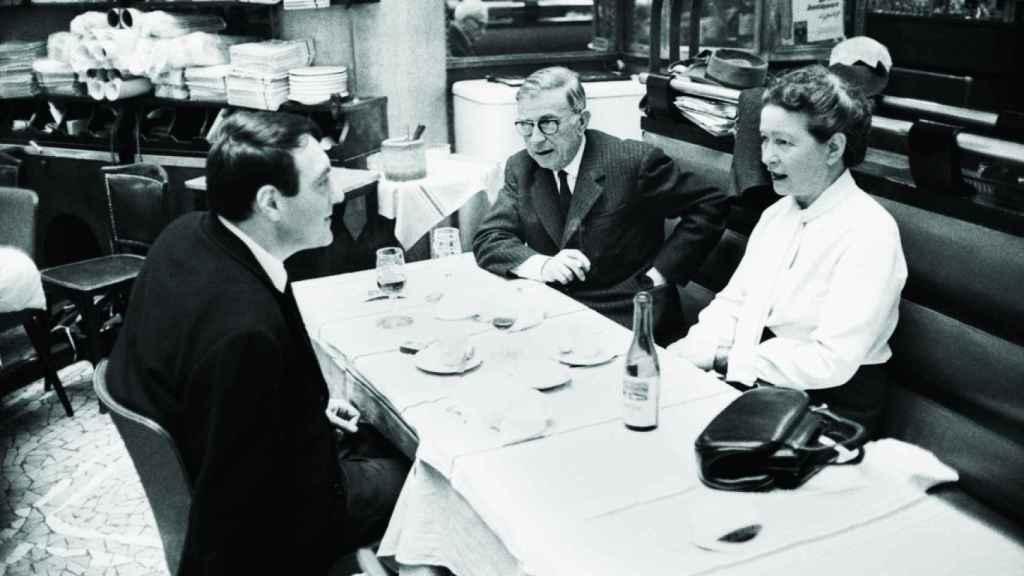 Simone de Beauvoir, Sartre y Lanzmann, el triángulo intelectual y amoroso definitivo.