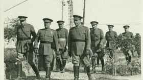 Franco en el centro, junto a Balmes (derecha) en una foto de mayo de 1936.