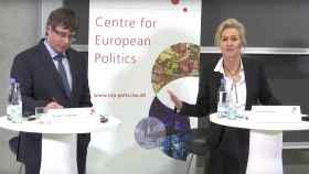 Marlene Wind, muy expresiva durante las preguntas que hizo a Puigdemont.