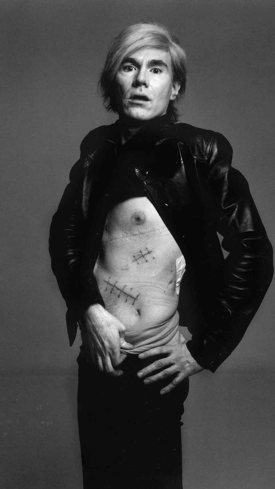 Sesión de Warhol ante la cámara de Richard Avedon.