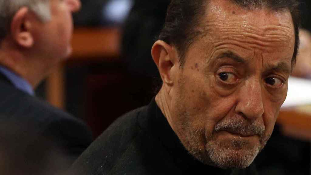 Julián Muñoz.