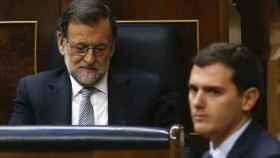 El presidente del Gobierno, Mariano Rajoy, junto con Albert Rivera en una imagen de archivo.