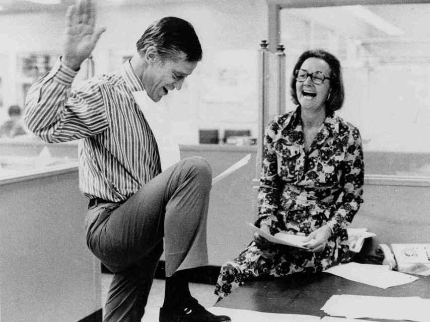 Benjamin Bradlee y Katharine Graham, editor y propietaria de The Washington Post.
