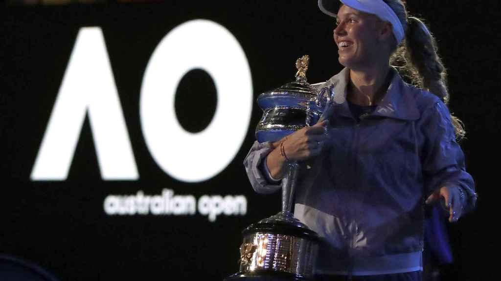 Caroline Wozniacki tras ganar el Abierto de Australia.