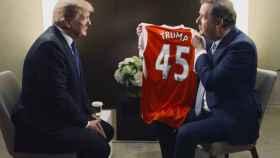 Donald Trump con el presentador Piers Morgan.