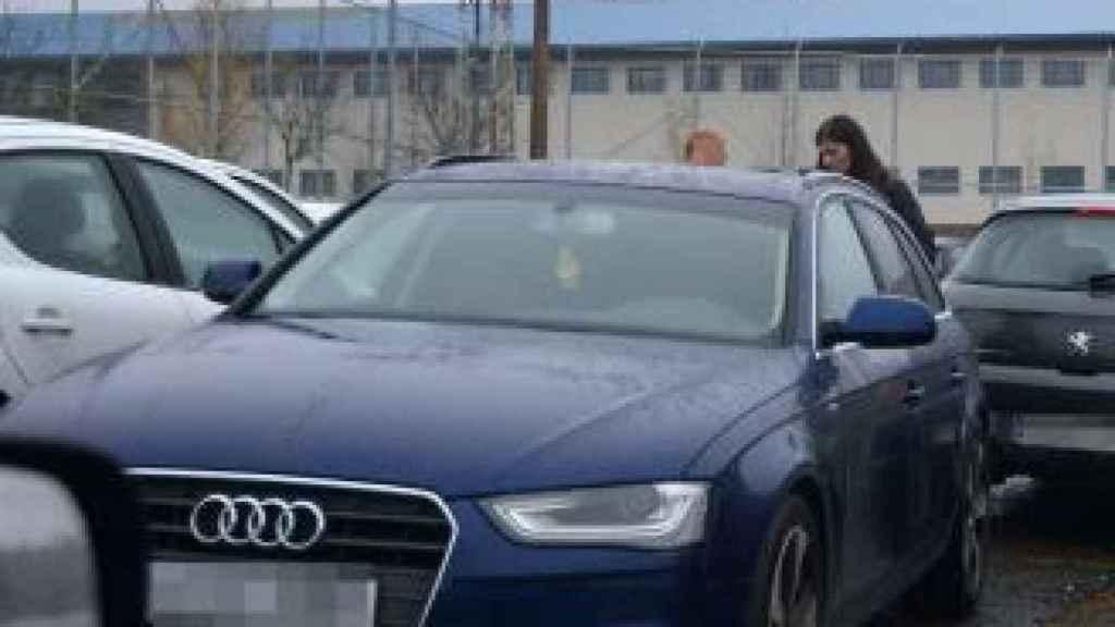 La mujer de El Chicle, a su entrada este viernes en la prisión de A Lama.