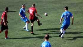 Imagen de un partido  de la Liga de Veteranos de Ourense.