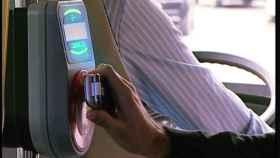 Sistema de pago con el móvil en el autobús