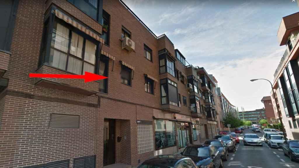 A Laura Elisabeth la asesinaron tirándola por la ventana del primer piso de la calle Alaró del madrileño distrito de Barajas.