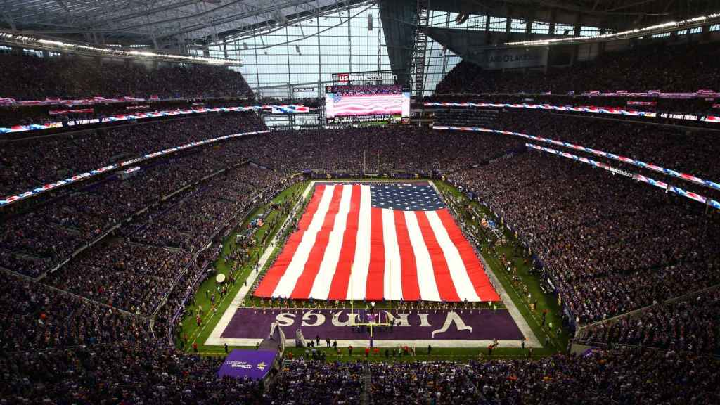 Así es el US Bank Stadium, con techo transparente y más de 66.000 personas de aforo.