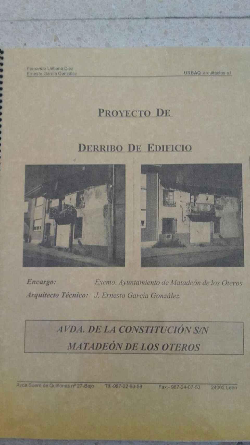 La casa de 'el Portugués' se derribó por su mala conservación. En el Ayuntamiento de Matadeón aún se conserva el expediente, que se ilustra con imágenes de cómo era la vivienda.