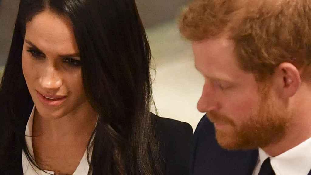 Meghan Markle junto al príncipe Harry en la gala. Gtres.