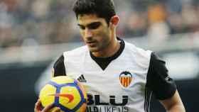 Guedes con el Valencia. Foto valenciacf.com