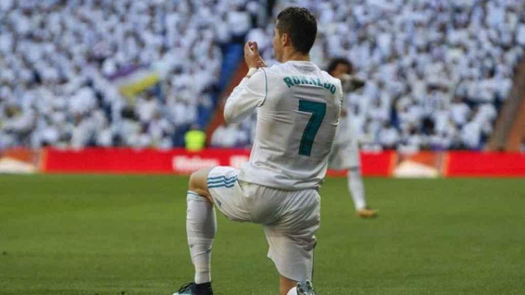 Cristiano, contra el Deportivo. Foto: Manu Laya / El Bernabéu