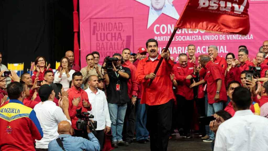 Nicolás Maduro, durante el acto electoral en Caracas en el que ha anunciado su plan.